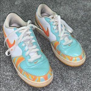 Nike tennis shoes orange blue 7.5